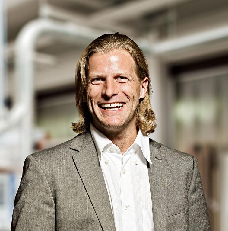 Jusken Geiger, Geschäftsführer & Dipl. -ing. (FH) Innenarchitektur